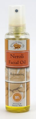 neroli-facial-oil-hands_x2.jpg